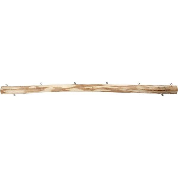 geschälter Holzstock mit Metallösen