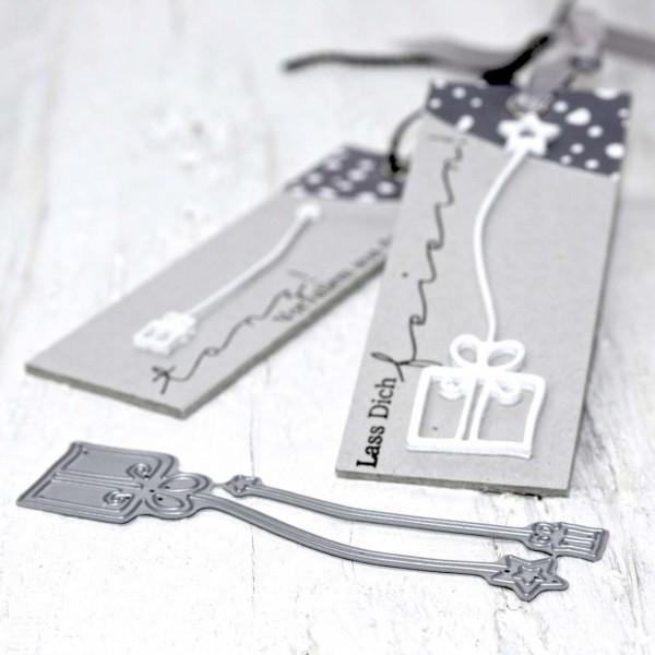 Steckenpferdchenstanze hängende Geschenke