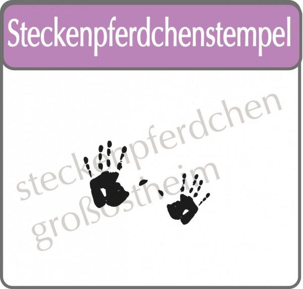 Steckenpferdchenstempel kleine Hände